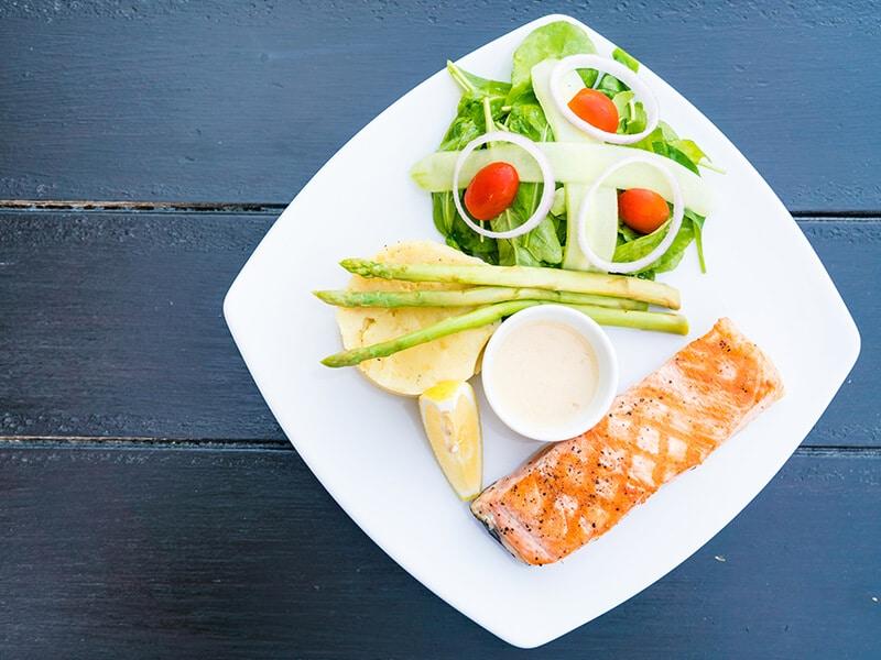Como manter a alimentação antes e depois da cirurgia plástica